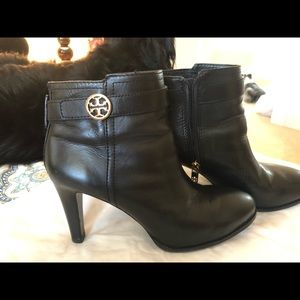 Preloved Tory Burch Authentic Black Booties 8.5
